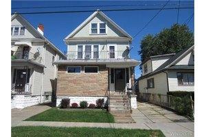 64 Evelyn St, Buffalo, NY 14207