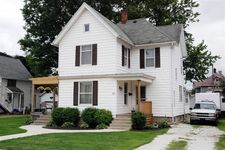 103 E Washington St, Kentland, IN 47951