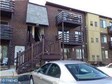 5200 Hilltop Dr Apt W24, Brookhaven, PA 19015