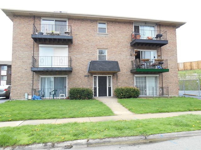 7117 Oconnell Dr Apt 1E Chicago Ridge IL 60415 Home For Sale And Real Est