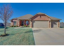 309 Sw 42nd Ct, Moore, OK 73160