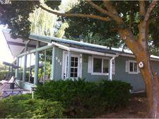 906 Oak Dr, Dallesport, WA 98617