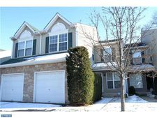 214 Green View Ct, Plymouth Meeting, PA 19462