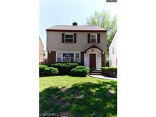 4102 Bushnell Rd, University Heights, OH 44118