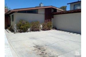 1137 Bath Ln, Ventura, CA 93001