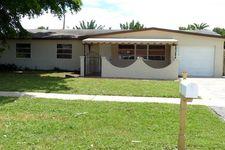 3366 Taconic Dr, West Palm Beach, FL 33406