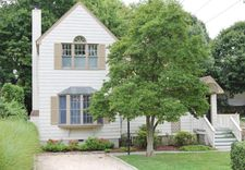 12 Lockwood Dr, Old Greenwich, CT 06870