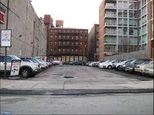 2428 S Front St, Philadelphia, PA 19106