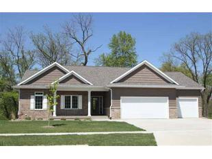 1840 Silver Maple Trl, North Liberty, IA