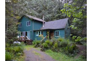 28245 E Water St, Welches, OR 97067