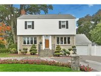 59 Overlook Ave, Eastchester, NY 10709