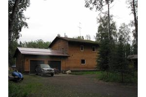 352 Irish Ln, Fairbanks, AK 99712