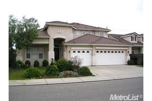 3228 Clearview Ct, Modesto, CA 95355