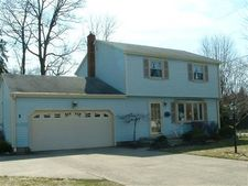 1777 Lemont Dr, Youngstown, OH 44514