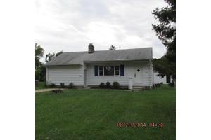 1045 Erickson Ave, Columbus, OH 43227