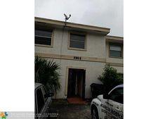 7907 Sw 9th St, North Lauderdale, FL 33068