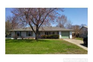 7919 5th St NE, Spring Lake Park, MN 55432
