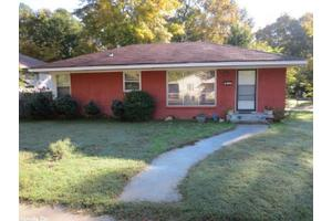 3329 Whitfield St, Little Rock, AR 72204