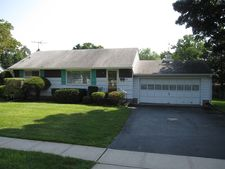 39 Post Ln, Riverdale Boro, NJ 07457