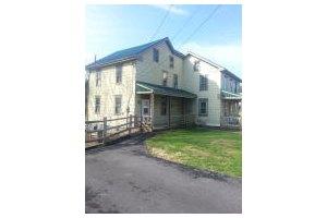 1098 W Penn Grant Rd, Lancaster, PA 17603