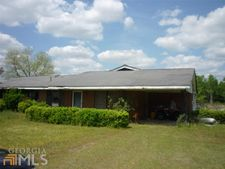 406 Benefield Rd, Midville, GA 30441