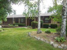 1410 Saint George Ln, Janesville, WI 53545