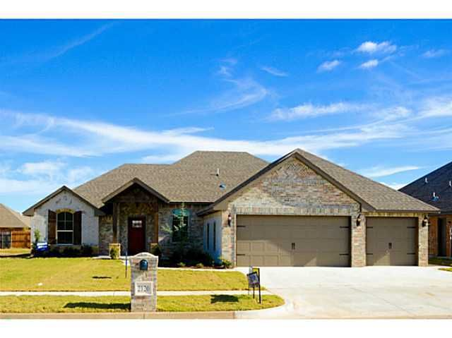2120 pine creek ave yukon ok 73099 home for sale and