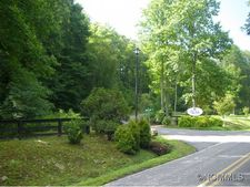 21 Jonathan Trl, Maggie Valley, NC 28751