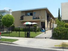 2720 Raymond Ave, Los Angeles, CA 90007