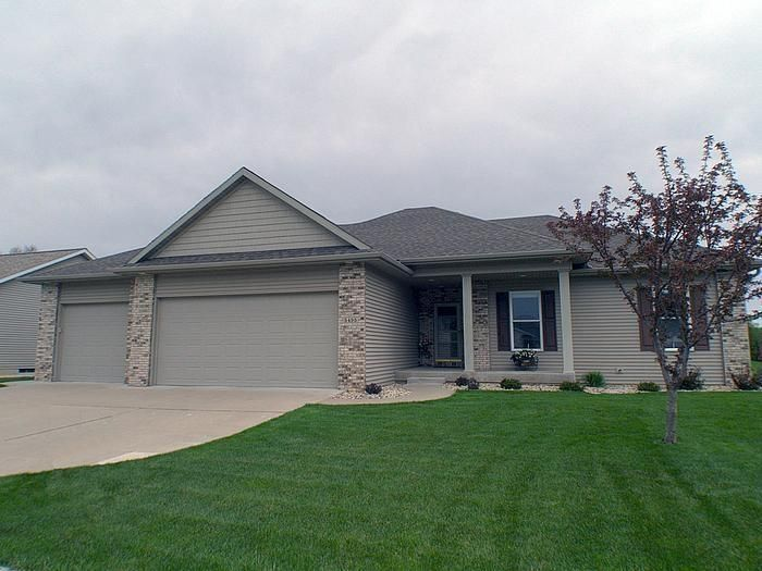 5495 Hickory Nut Ct, La Crosse, WI 54601 - realtor.com®