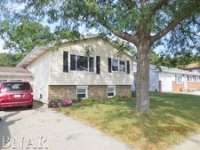 1720 Fort Jesse Rd, Normal, IL 61761