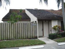 4151 Palm Bay Cir Apt B, West Palm Beach, FL 33406