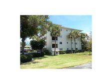 1524 Lakeview Rd Apt 404, Clearwater, FL 33756