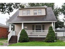 3907 Maplecrest Ave, Parma, OH 44134