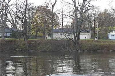 2733 Thornapple River Dr Se, Grand Rapids, MI 49546