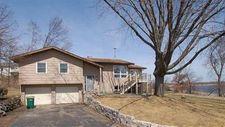 2716 Burritt Rd, Stoughton, WI 53589