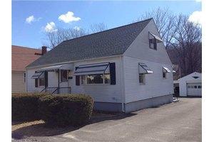 158 Clover St, Waterbury, CT 06706