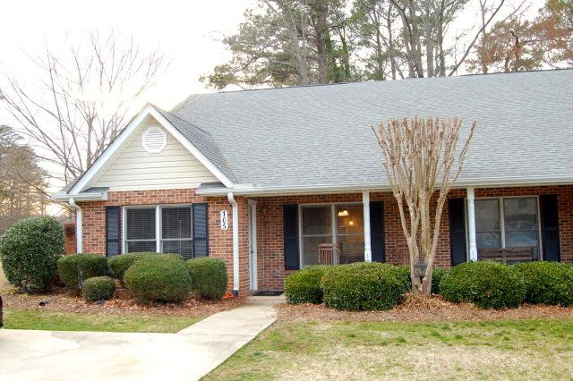 Homes For Sale Around Greenwood Sc