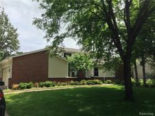 3615 Elder Rd S, West Bloomfield Township, MI 48324