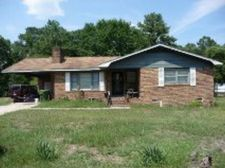 22901 Old Lumberton Rd, Maxton, NC 28364