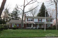 6001 Rosetta St, Dearborn Heights, MI 48127