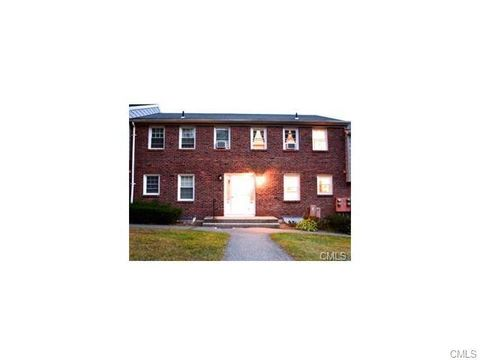 112 Old Farms Ln, New Milford, CT 06776