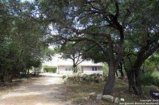 136 Creekview Dr, Canyon Lake, TX 78133