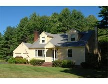 70 Lowell St, Dunstable, MA 01827