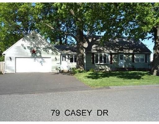 79 Casey Dr, Chicopee, MA 01020