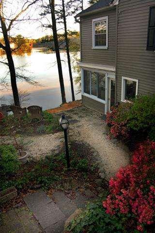 1740 E Saluda Lake Rd Greenville Sc 29611 Realtor Com 174