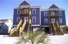 208 Oyster Ln, North Topsail Beach, NC 28460