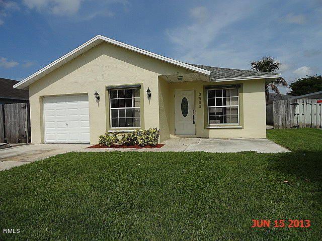 2355 Avenue Z, Riviera Beach, FL 33404