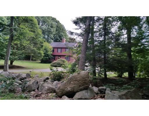 Home for rent 23 annie moore unit house bolton ma for Classic house of pizza bolton ma