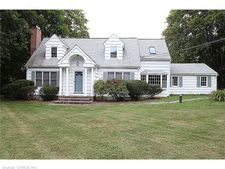 79 Bethmour Rd, Bethany, CT 06524